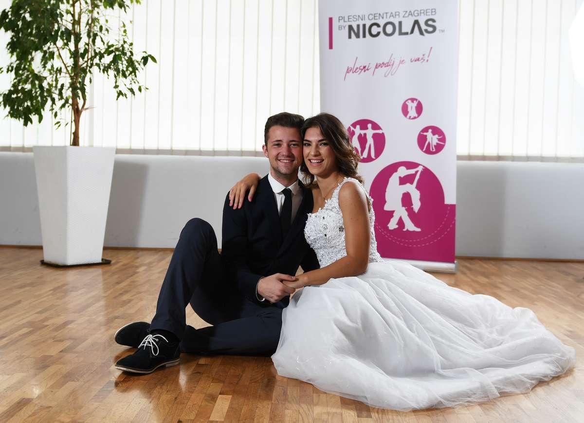 Mladenci 2 PCZ by Nicolas - plesni tečajevi za mladence